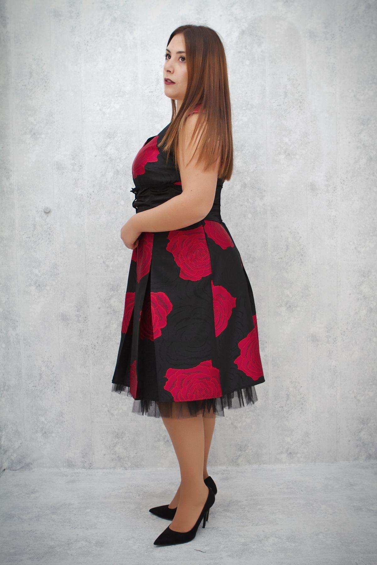 ΦΟΡΕΜΑ midi ΜΕ ΖΩΝΗ - Real Lady - Shop Online 2763b3b7b37